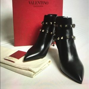 NWT ROCK STUD VALENTINO ANKLE BOOTIES